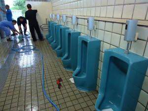 トイレ清掃終了!世界一綺麗なトイレになりました。
