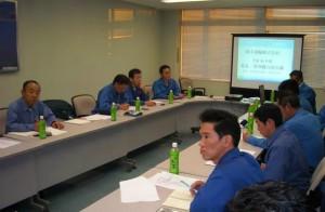 参加人数は(管理職7名、本社班長7名、水戸班長4名)の18名です。