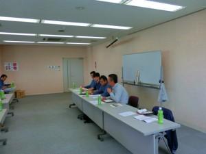 ここでは、熱中症対策、体調管理、車両点検、事故対策など様々な議題が会議に上げられました。