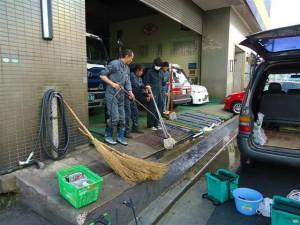 清掃後は用具もきれいにしましょう。